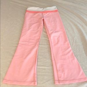 Lululemon yoga pants pink